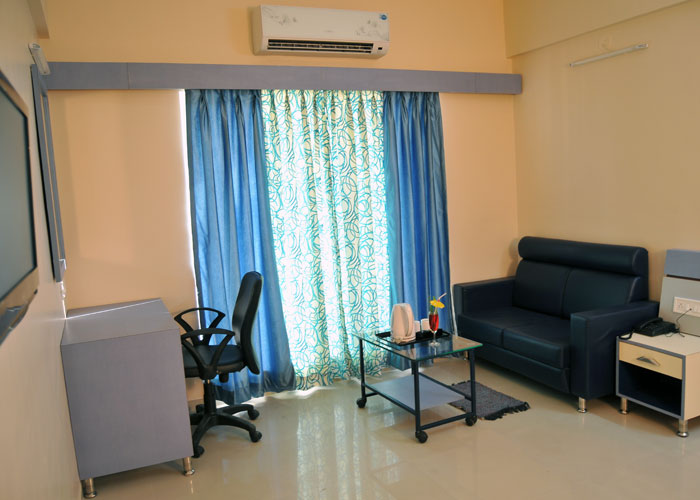 Stay in Shegaon - Excellent hotel near shegaon with very good service and yummy food. Rooms are very spacious,clean and comfortable. Bathroom and linen is clean as well.. Definite yes for our future visits.